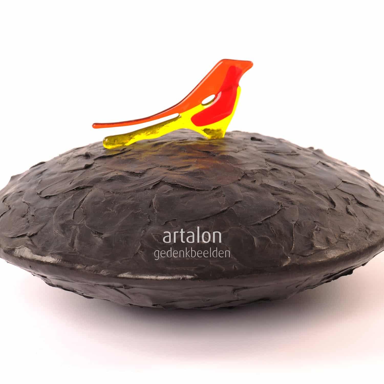 Partner urn Bird